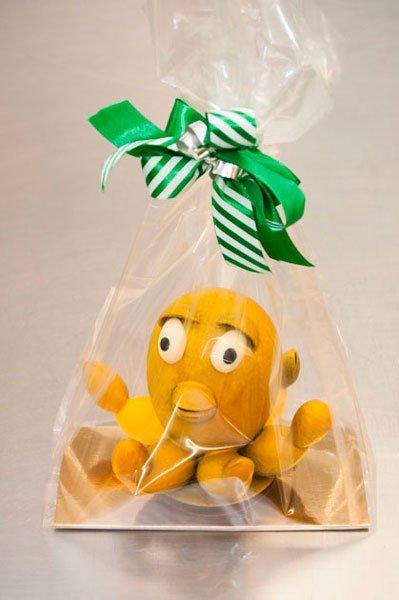 Mona pulpo amarillo